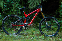 Talking 650B DH Bikes with Trek
