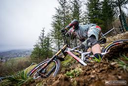 Behind the Bike: Developing the XXL Santa Cruz V10