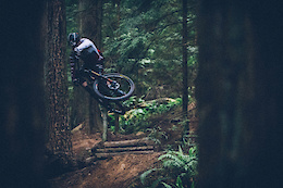 Shore Play With Remi Gauvin - Video