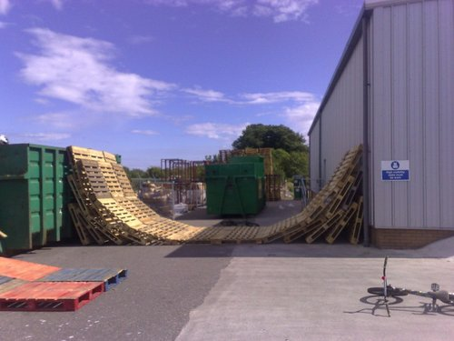 how could i build a half pipe out of pallets pinkbike forum