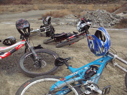 Rigs at rest - Winter shred sessions Dec. 03/2011