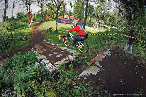 Seeding Run, Series 2 National DH 2012