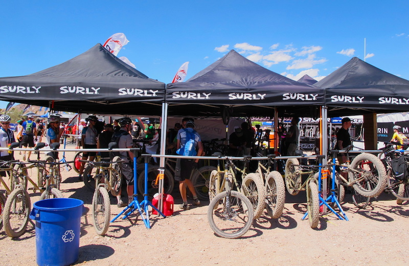 Surly have been making fat bikes for a long time and now it s everyone else s turn to play catch up in the big tire program. Their mid width bike the Instigator was looking up to doing battle on all terrain. Way to push the sport forward Surly.