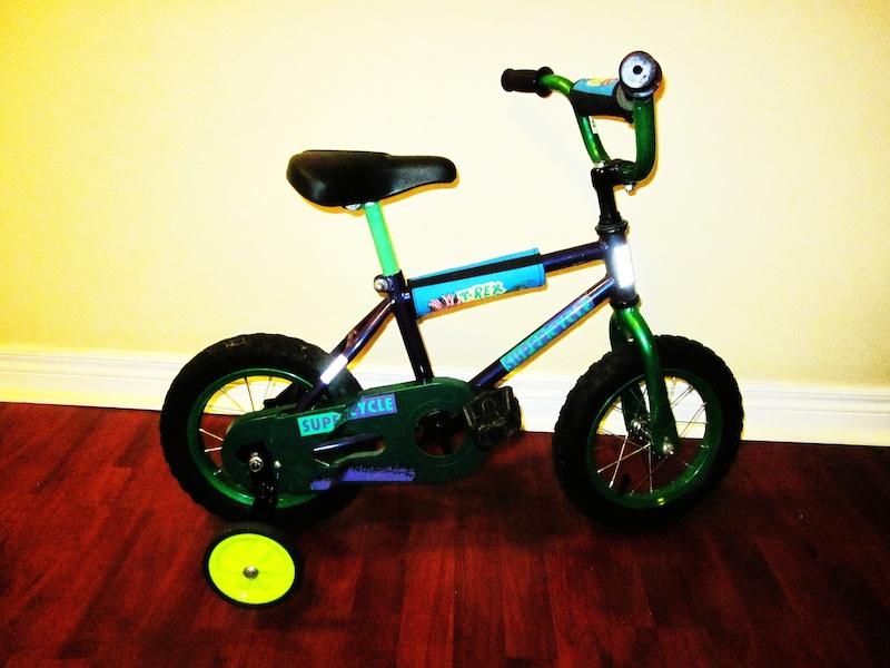 supercycle t rex kids bike for sale. Black Bedroom Furniture Sets. Home Design Ideas