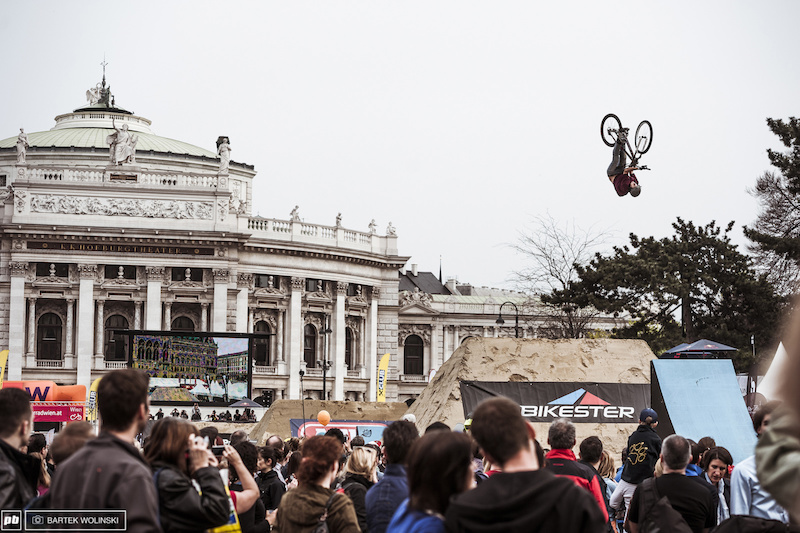 The Hungarian shredder spent his Winter time well and now he is the one to keep an eye. Tricks like backflip double barspin put him into the finals.