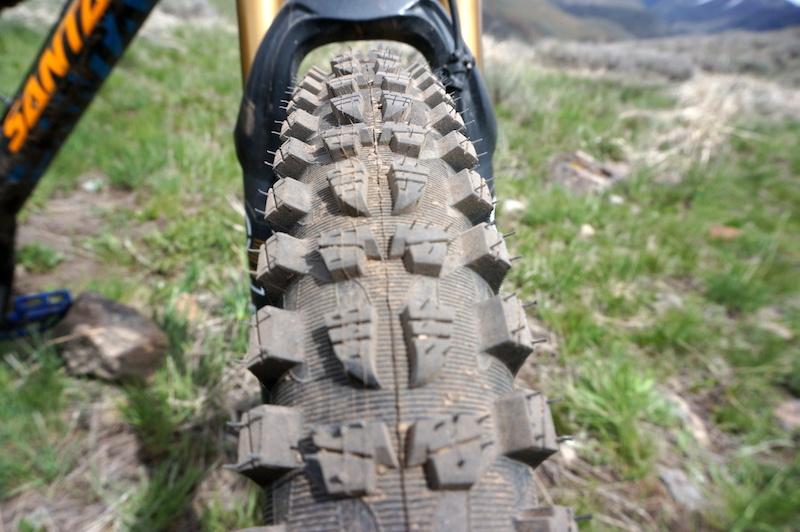 Review: Michelin Wild Rock'R2 All Mountain Tire P4pb10913944