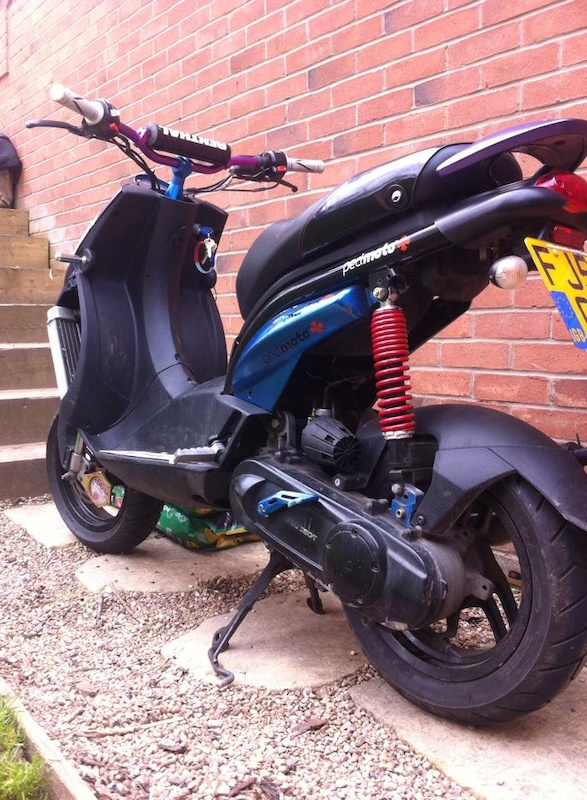 2006 peugeot ludix blaster rs12 70cc will take offerss for sale. Black Bedroom Furniture Sets. Home Design Ideas