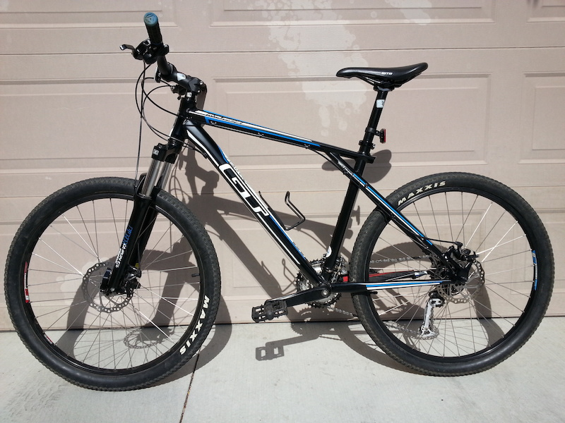 2012 Gt Avalanche 3 0 Mountain Bike For Sale