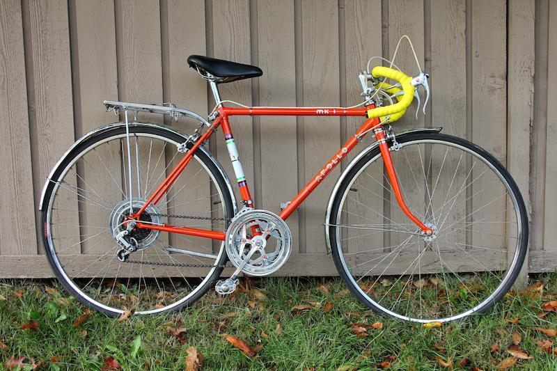 Vintage Apollo 10 speed road bike, ready to ride For Sale