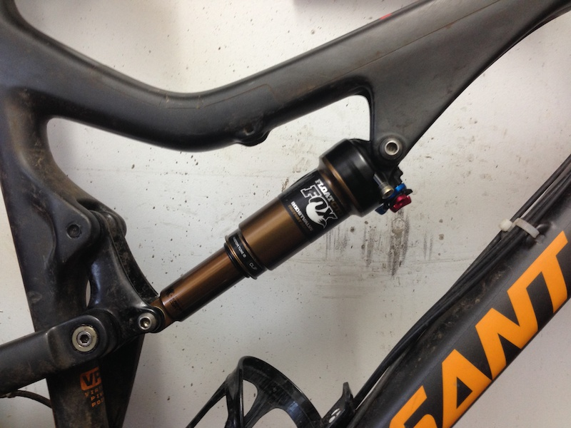 how to put spacers in fox float evolve shocks