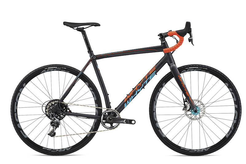 Saxon Team Retail 2 099.00 Spec Sram Force 1 http www.whyteusa.bike collections cyclocross products saxon-cross-team