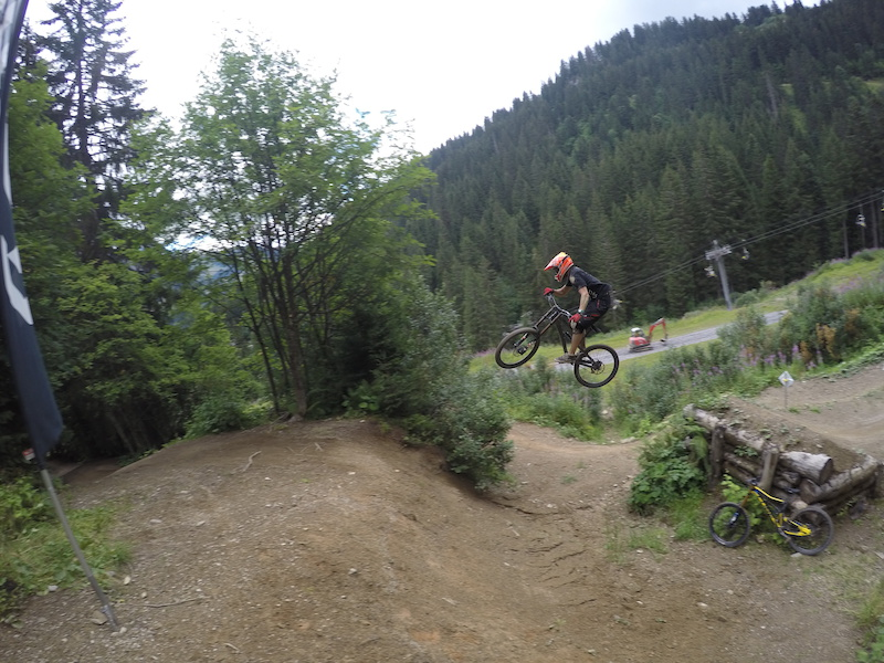 gusts at chatel bike park in chatel france photo by. Black Bedroom Furniture Sets. Home Design Ideas