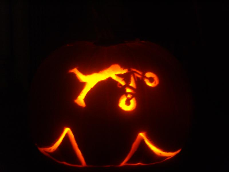 DIRTY MINDED PUMPKIN CARVING