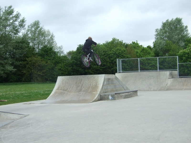 Abington United Kingdom  city photos gallery : Alex at Abingdon Skatepark in Oxfordshire, United Kingdom photo by ...