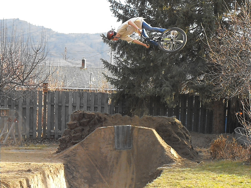 Show off your dirt jumps - Page 75 - Pinkbike Forum