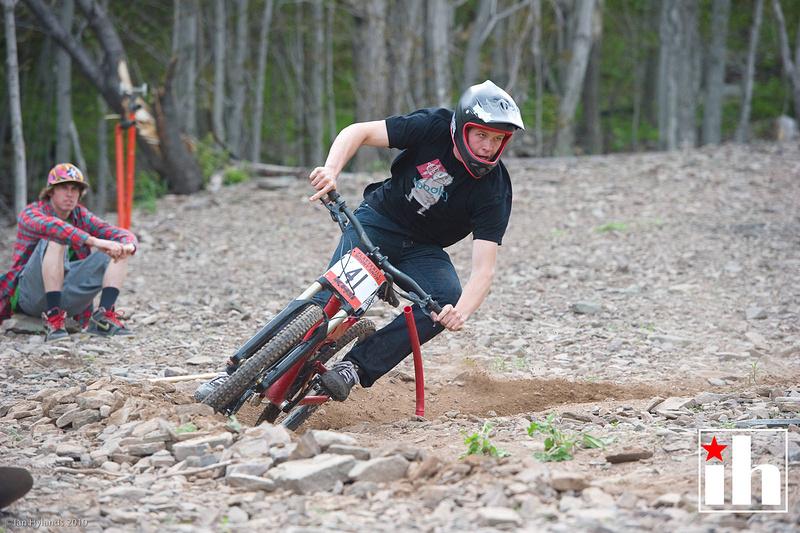 Will Collins winning the slalom race