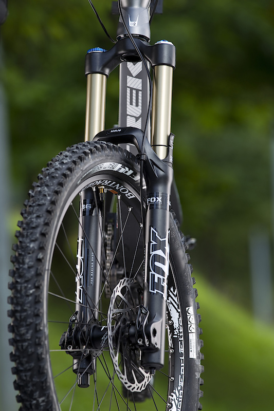 Fox's new 180 mm travel 36 handles front suspension duties