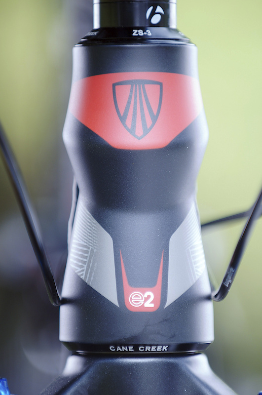 An E2 tapered headtube up front