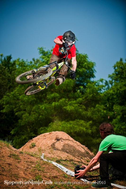 rider: thomas defleurian ph: david umberto zappa