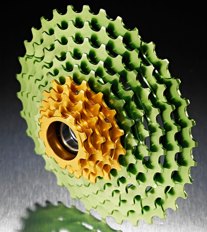 Hope's 9 x 36 cassette paired with a 24/36 double crankset produces a wider range of gear selections than a Shimano XT triple  with a 11 x 36 cassette