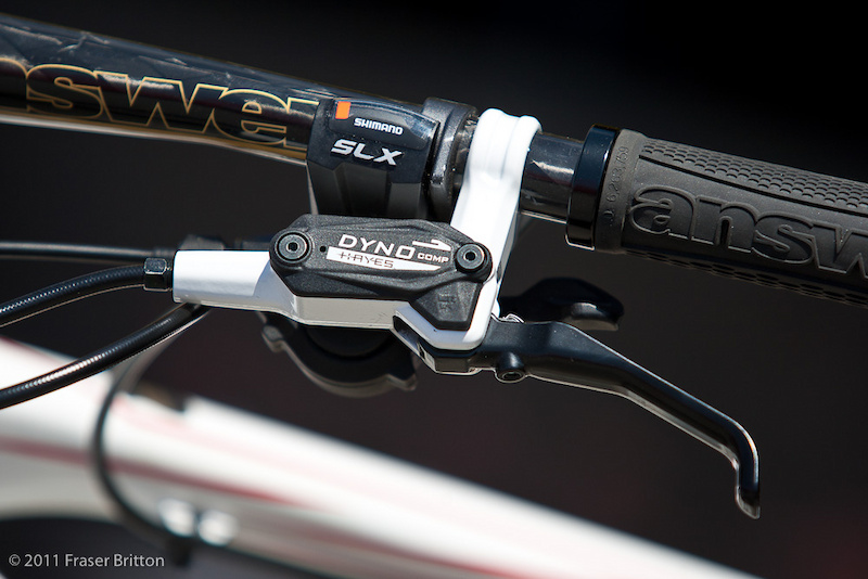 The new Dyno brake from Hayes is an economical stopper that not only retails for an impressive $79 USD per end, but also comes with a lifetime leak proof warranty. The lever is a simple and study unit that features adjustable reach.