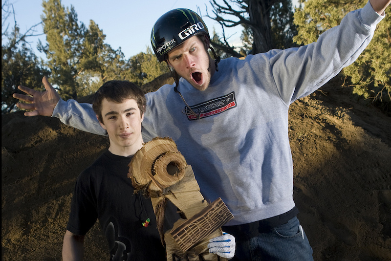 Anthony Messere wins the Best Trick at Jamie Goldman's 2011 UDUG Invitational.