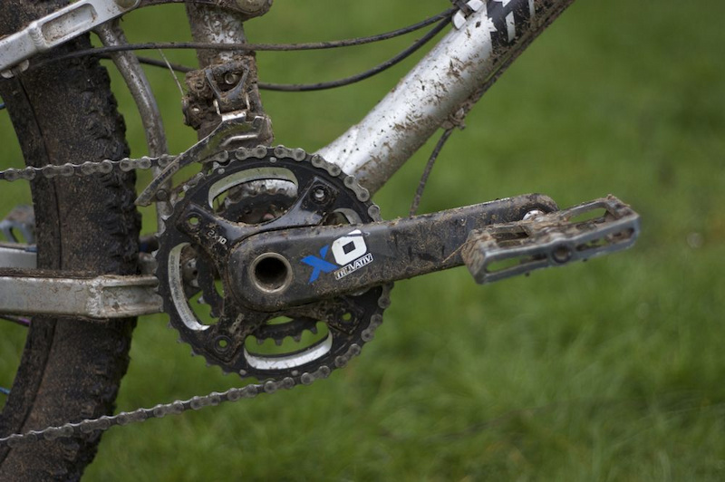 The Truvativ XO crankset still looked good after a winter in adverse conditions.