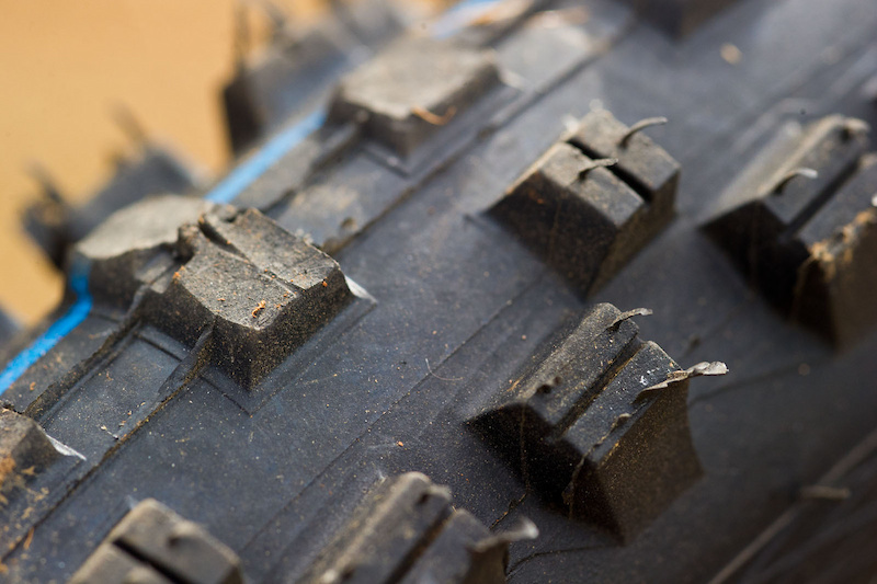 Steve is on the Schwalbe program with Devinci and was rocking some Schwalbe Muddy Mary 2.5 tires at Pietermaritzburg. The special tire modifications made by his mechanic, Nigel, for South Africa are likely to be the only place you will see this done on Steve's Wilson this season as he is a big fan of the all around characteristics of the Muddy Mary's. The Pietermaritzburg course saw many riders making modifications to their rubber to better suit the unique track.
