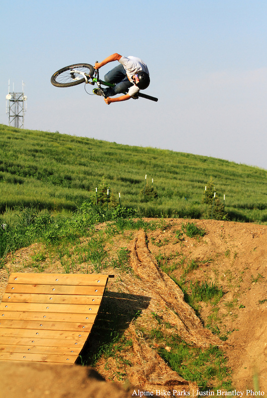 Opening day at Valmont Bike Park R-Dogg was keeping the crowd entertained with all sorts of triclks but there is something about R-Doggs 3 s that just make you stop and think WOW
