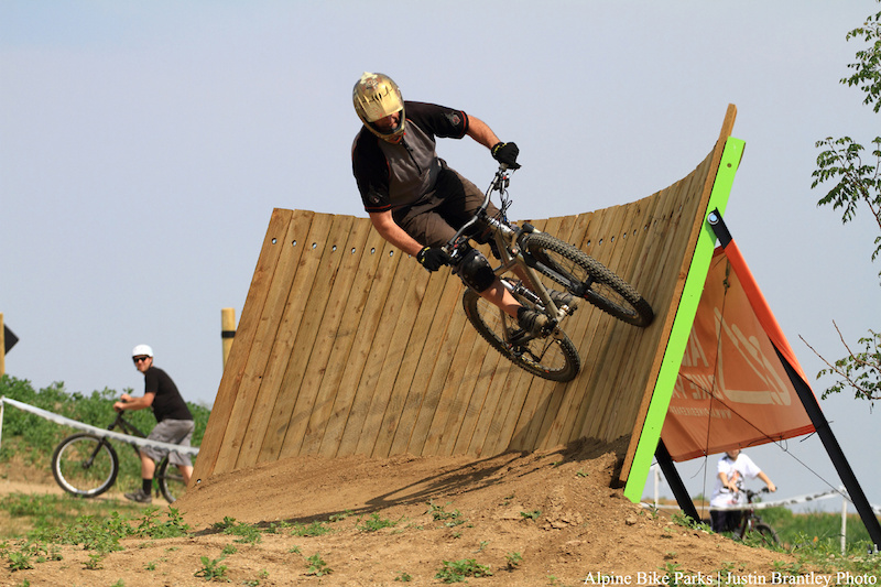 Hitting up the wall ride on the medium slopecourse