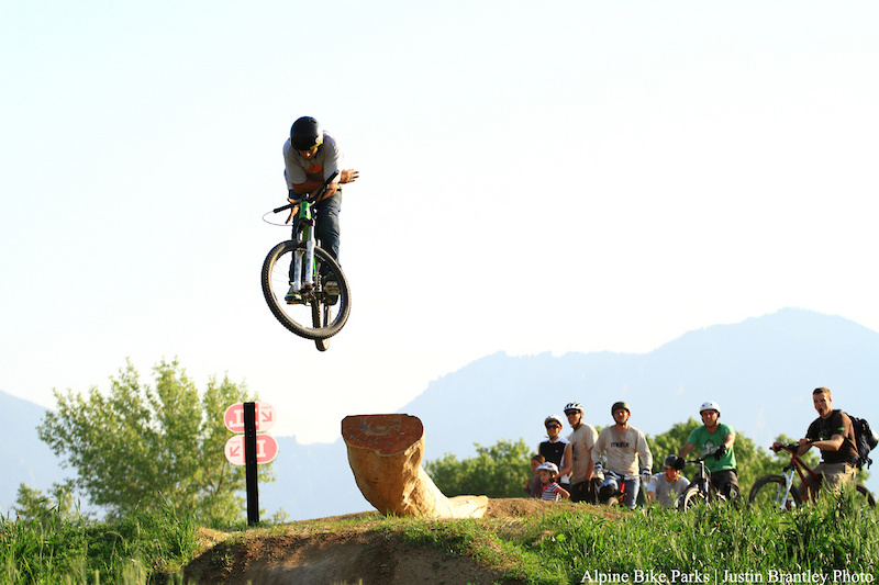 Bar spinning the log drop on the dirt jump line