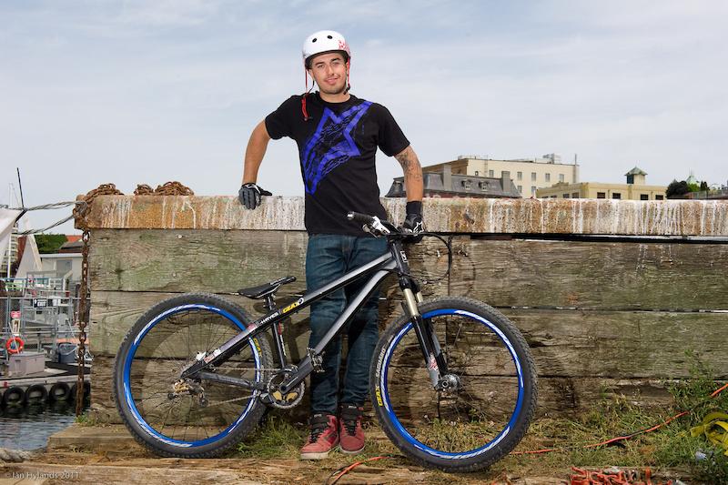 2011 Dirt Jump bikes a...