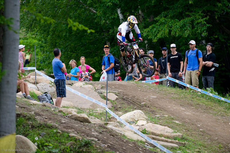 Aaron Gwin wins the Mont Sainte Anne DH