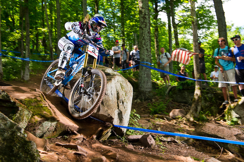 She s back. The bum shoulder is now officially in the rear view mirror as Rachel Atherton roars home for the win.