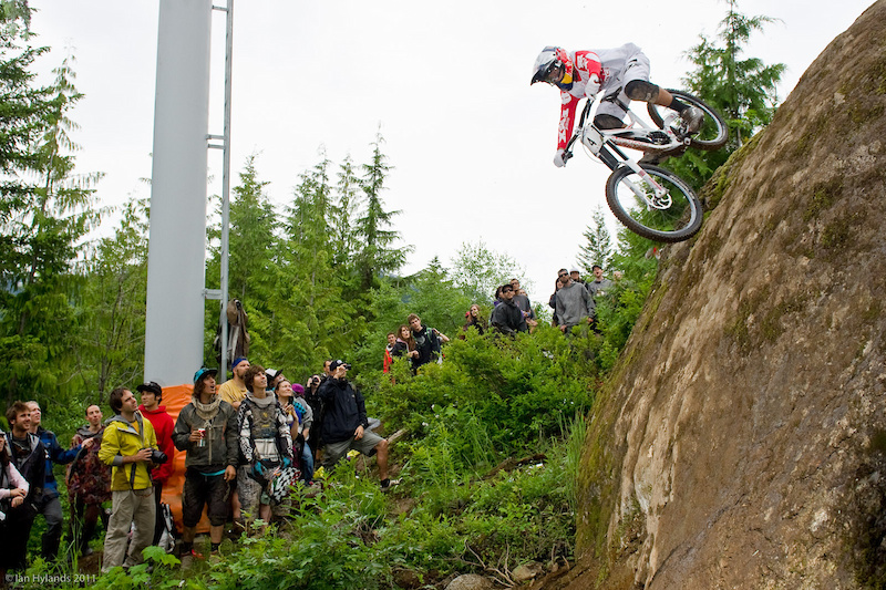 Stevie Smith dropping down Heckle Rock on his way to winning the Canadian Open DH.