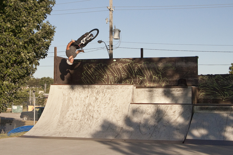 Ingersoll (ON) Canada  city photos : Andrew Bigelow at ingersoll skatepark in Ingersoll, Ontario, Canada ...