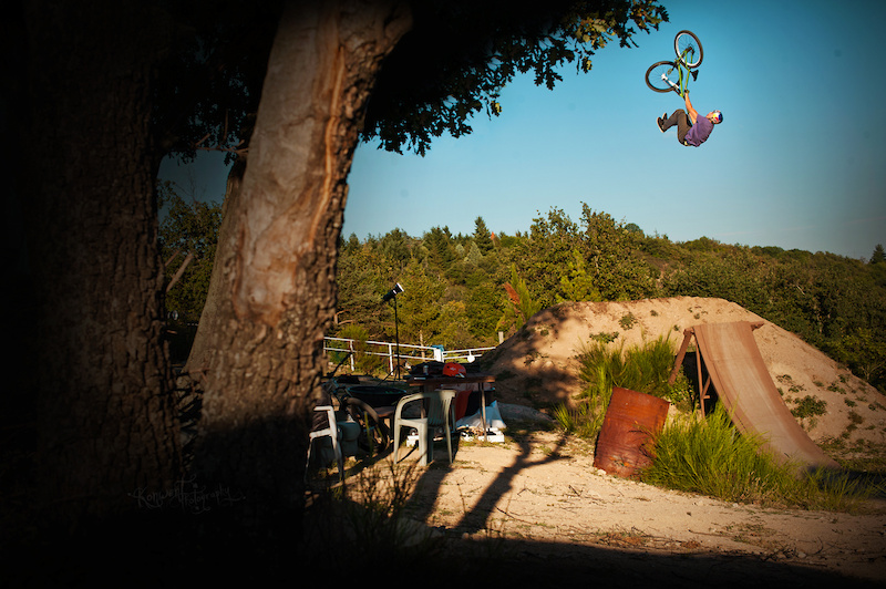 Szymon Godziek tripped to France with his Dartmoor Cody to meet Yannick Granieri and Thomas Bibiloni at his backyard near Lyon. Nice backflip tailwhip here. Photo by Kuba Konwent - http konwent.fotolog.pl . http dartmoor-bikes.com