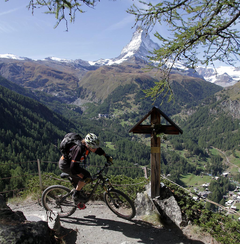 The trail cuts high off the Gourmetweg by Findeln and is a loam pumptrack traversing to Zermatt valley bottom