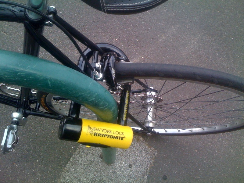 LOCK YOUR BIKE UP LIKE THIS AND USE A KRYPTONITE D-LOCK