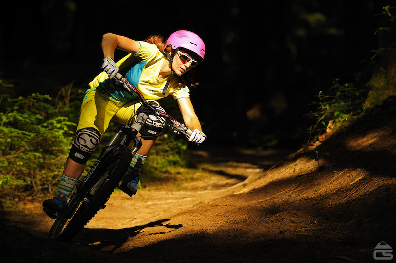 Pic shows Steffi clipping some light down on the Augsburg trails.