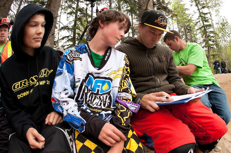 Geoff Gulevich judging the Dirt Jump Competition
