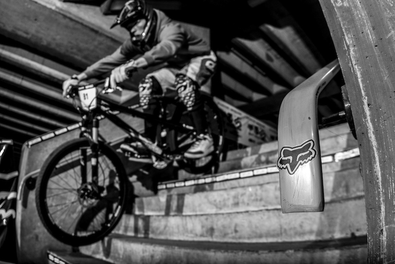 Fox had a huge pressence during Evans Cycles Urban Dual at NCP Multstory Car Park Cardiff Wales United Kingdom. 28October 2012 Photo Charles Robertson