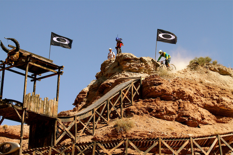 Antoine Bizet heading for the huge Oakley drop at Rampage 2012
