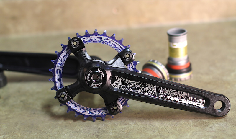 RaceFace Narrow Wide chain ring