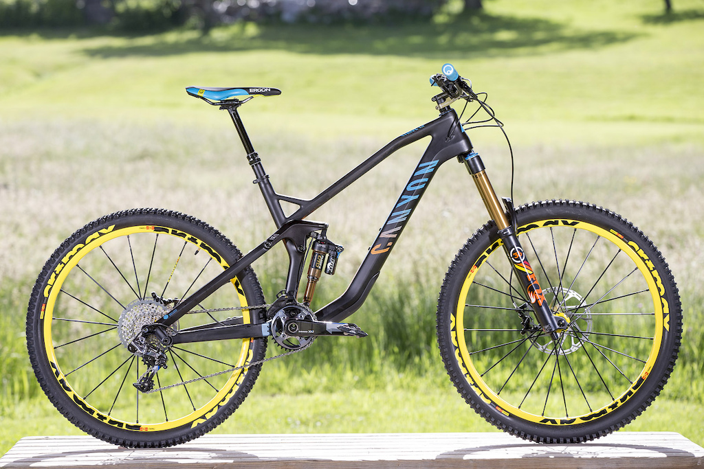 2015 Canyon Bikes Preview the bike sprints like an