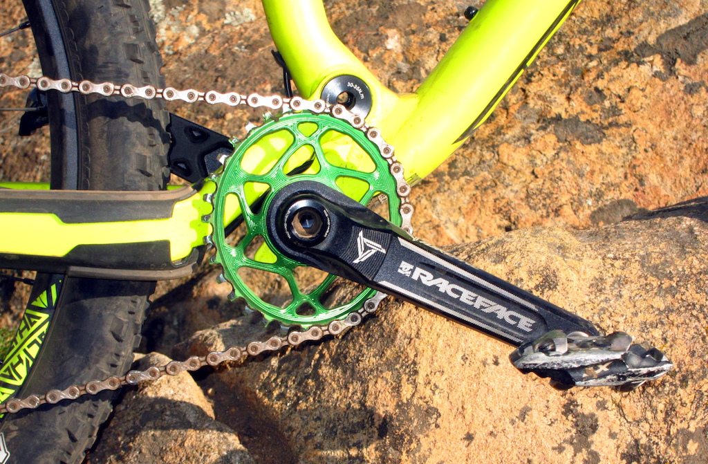 Absolute Black Oval Chainring For Race Face Cinch