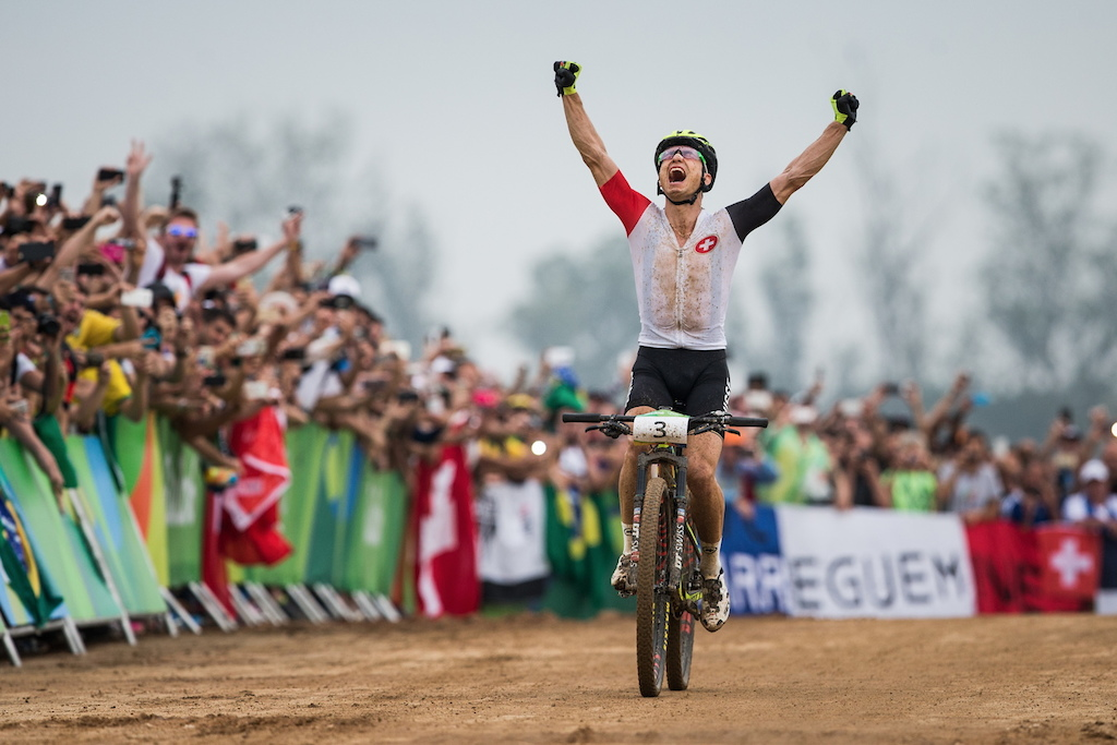 The big goal is achieved! Nino Schurter is the olympic winner!