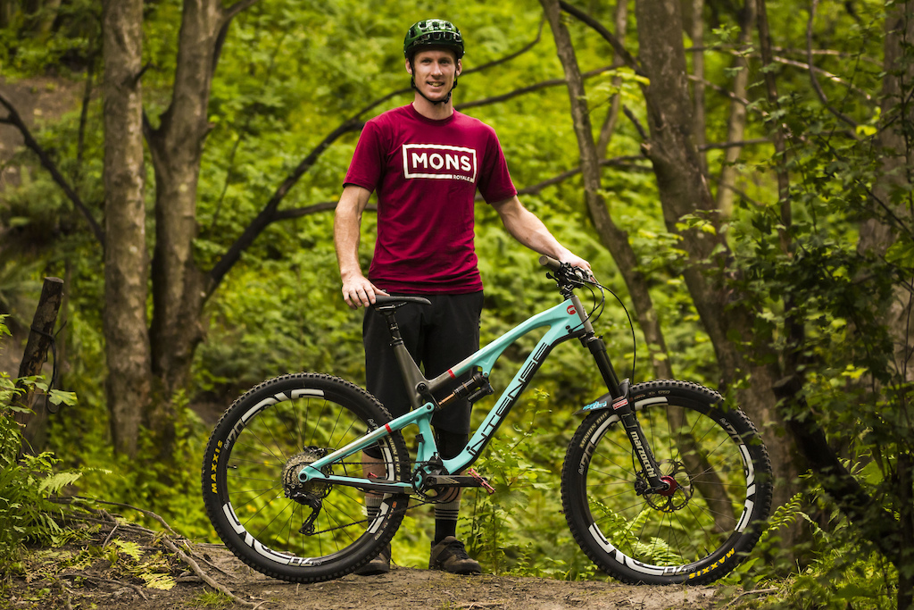 Conor Macfarlane Signs with Intense Cycles