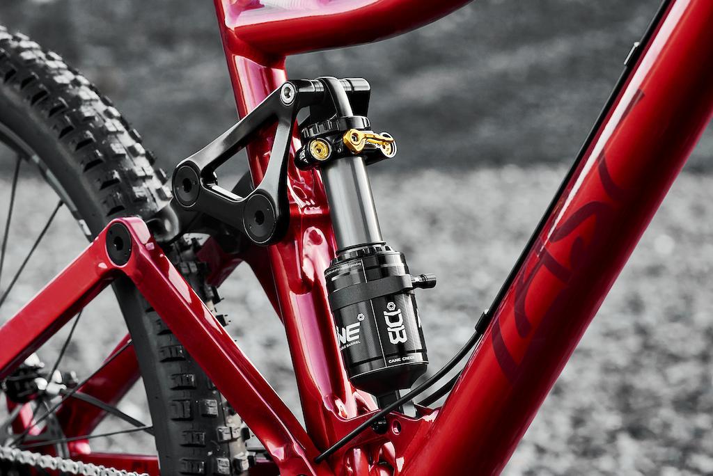LAST Clay 140mm trail bike