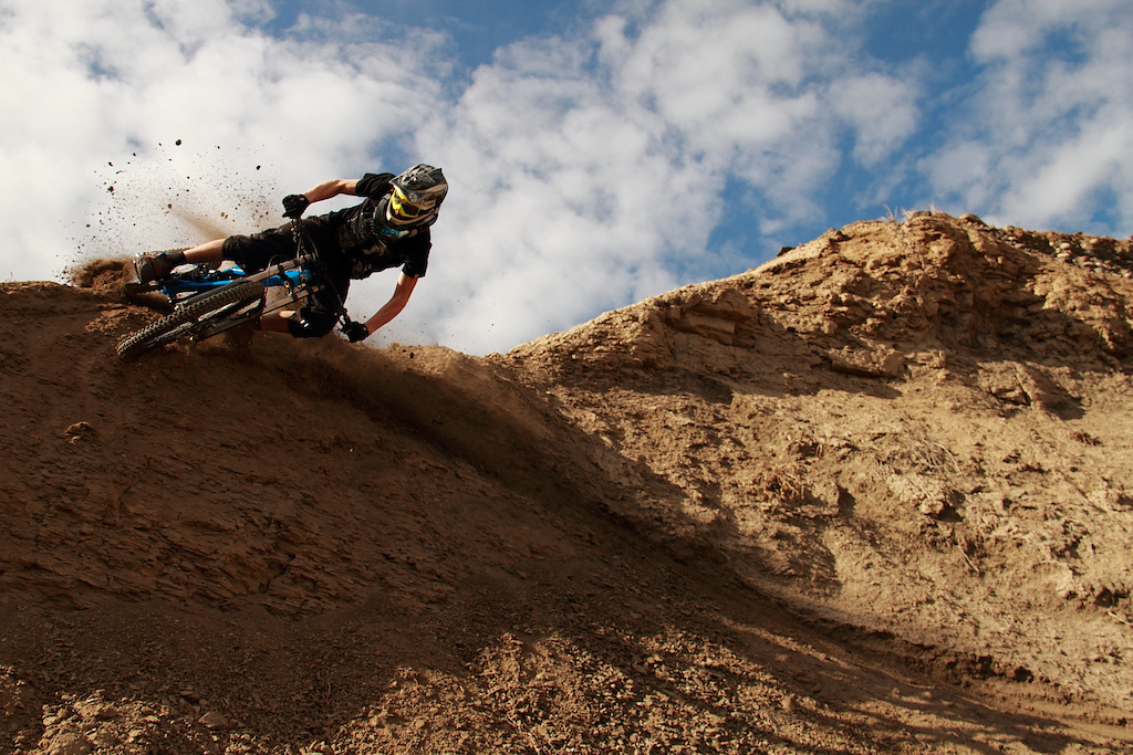 After dropping a chute you have lots of speed... Doerfling getting moto..